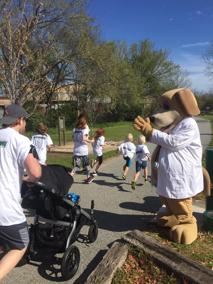 MainStreet Mascot at Color Run for Leadership Barbour on Yoholo Micco Train Trail